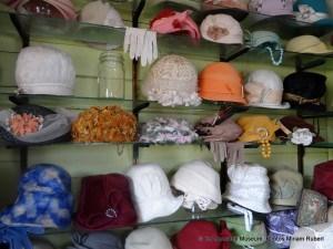 012 Hat Shop2